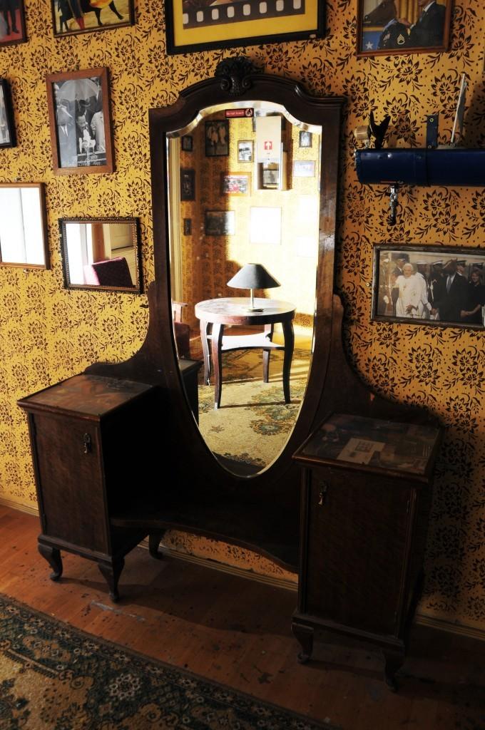 Mirrorsescape room in Hungary